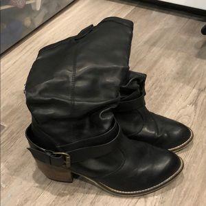 Black cowboy boots Aldo size US 10
